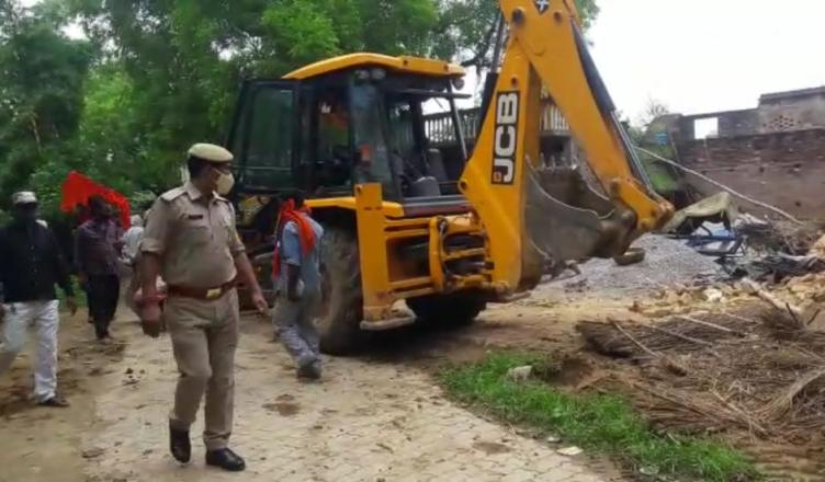 Repeated Bikeru scandal land donated police team attacker Sitapur