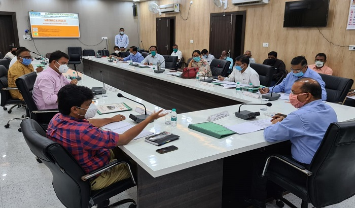 Jhansi meeting authority board commissioner Transport cities made utility