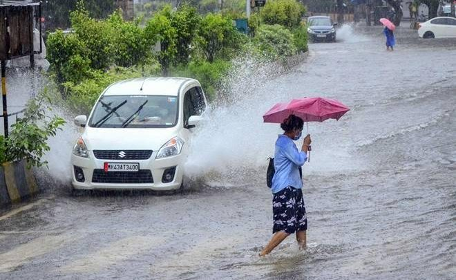 Heavy rain warning next 3 hours many districts UP Lucknow
