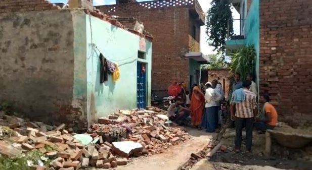 collapse of the visor of the house three dead including brother and sister